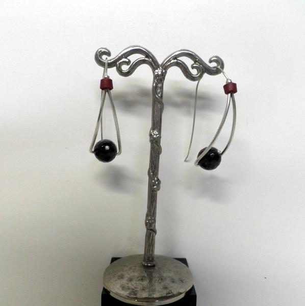Boucles d'oreilles Nature Grenat 12-76494